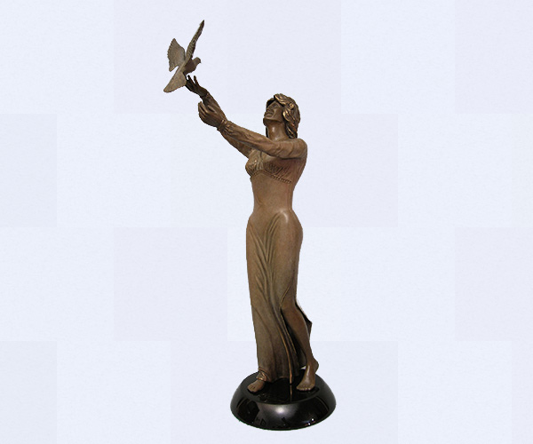 https://www.donbeckbronzes.com/wp-content/uploads/2014/11/spirit-of-peace.jpg